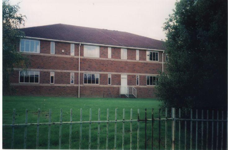 Barnet College, Russell Lane