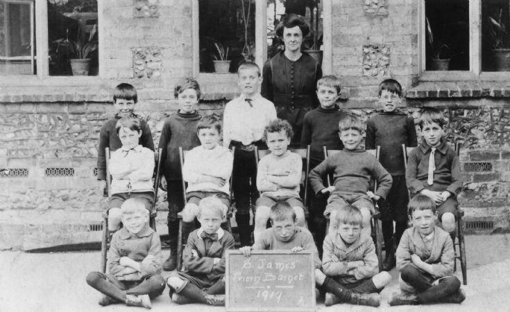 St James's School, Friern Barnet Lane, N20
