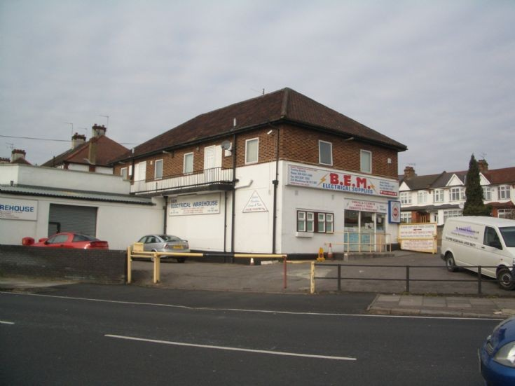 BEM Electrical Supplies, Summers Lane