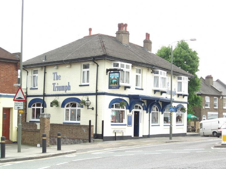 The Triumph, Summers Lane