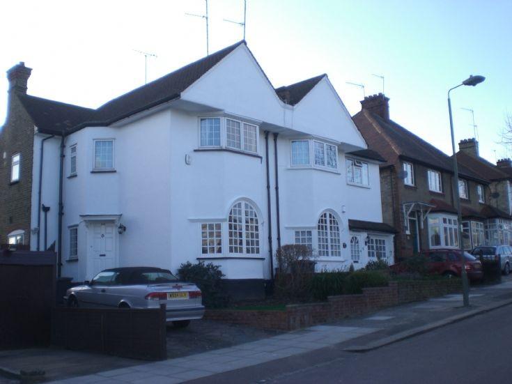 Ashurst Road, N12