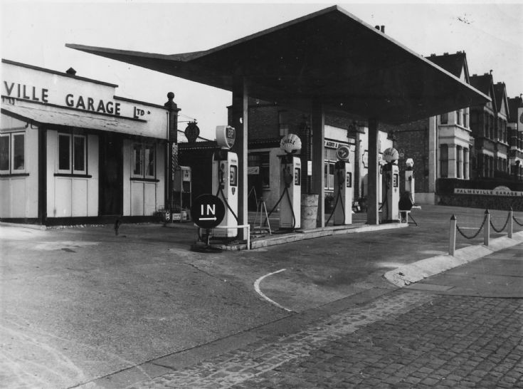 Palmsville Garage, Colney Hatch Lane
