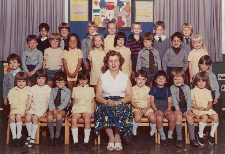 Queenswell Infants Nursery School