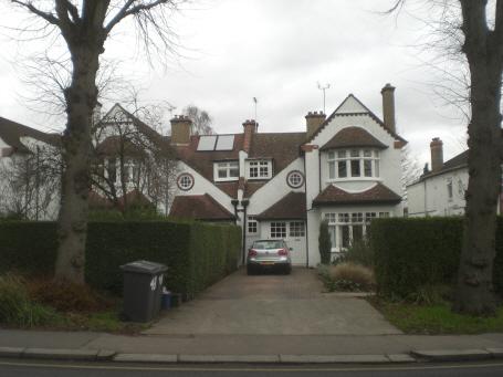 Torrington Park, N12