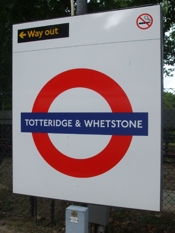 Totteridge & Whetstone Underground Station