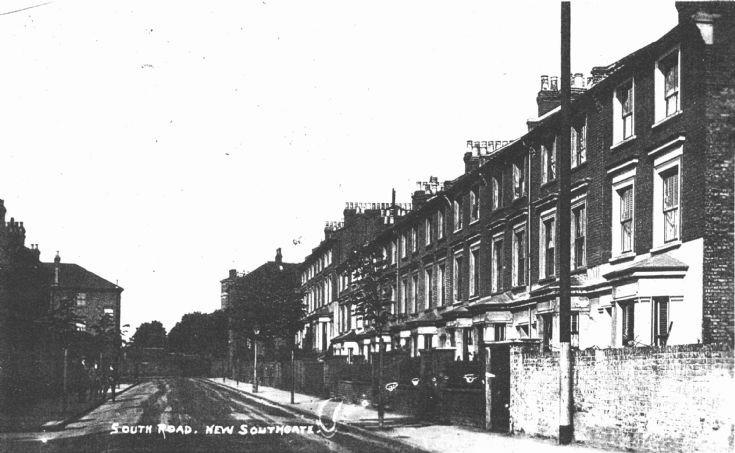 South Road, N11