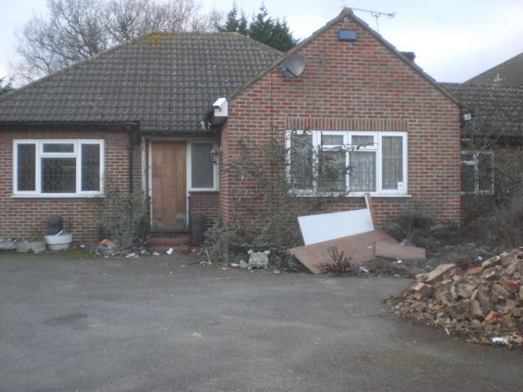 Irvine Close, N20