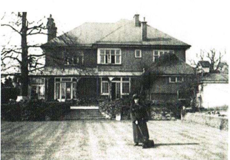 Frien Barnet Lane, N20