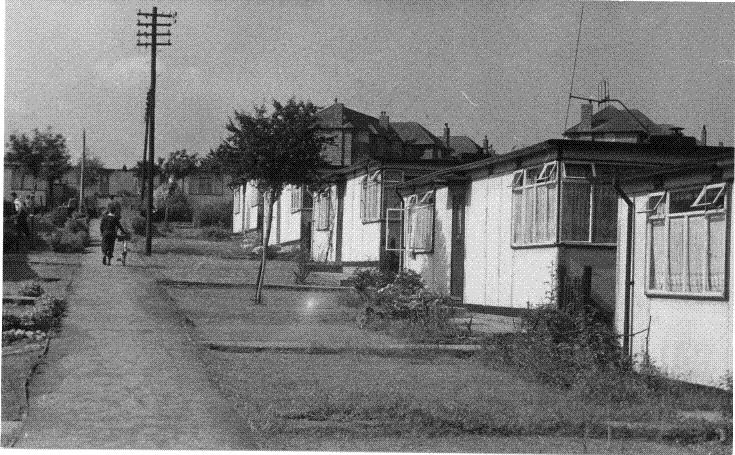 East Road, N11