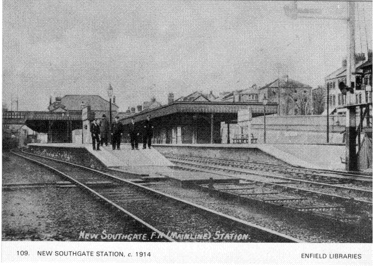 New Southgate Station