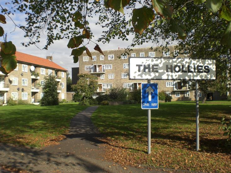Oakleigh Park North, N20