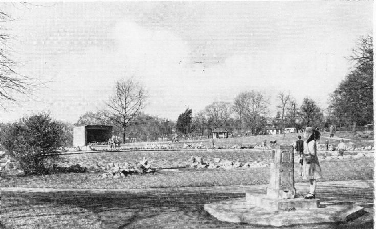 Friary Park. Lake and drinking fountain