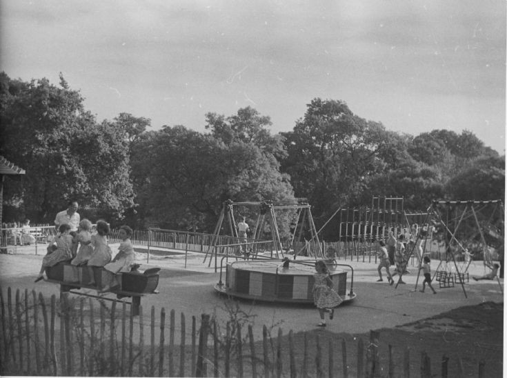 Friary Park. Children's playground