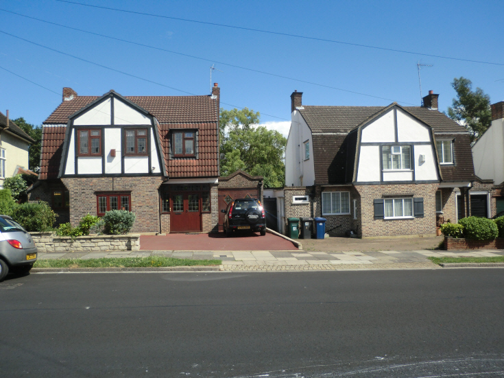 Manor Drive, N20