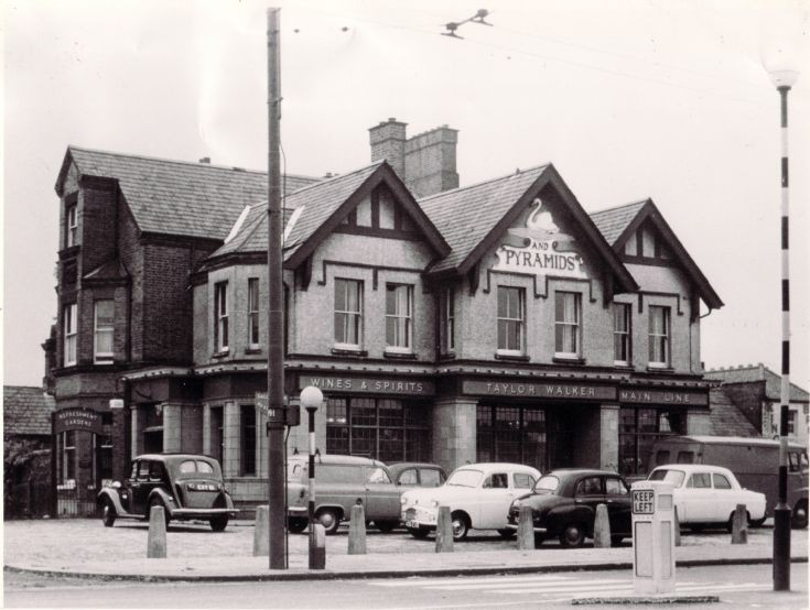 Swan & Pyramids, North Finchley