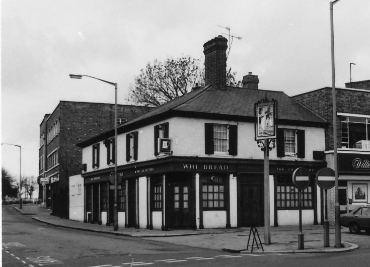 The Cricketers, 713 High Road, North Finchley